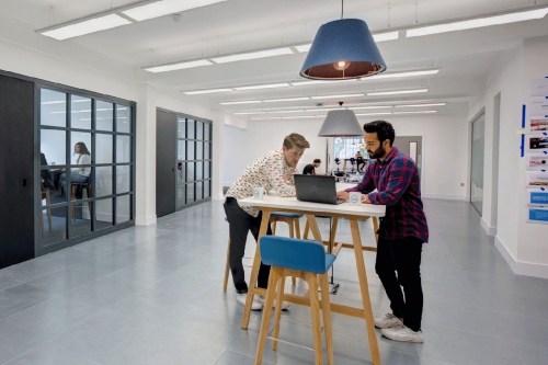 Are Desks Getting Smaller or Bigger with Agile Working?